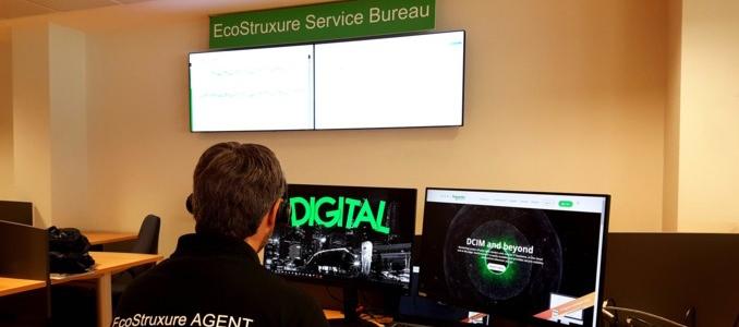 Schneider Electric com serviço baseado na cloud de monitorização remota e inteligente em tempo real