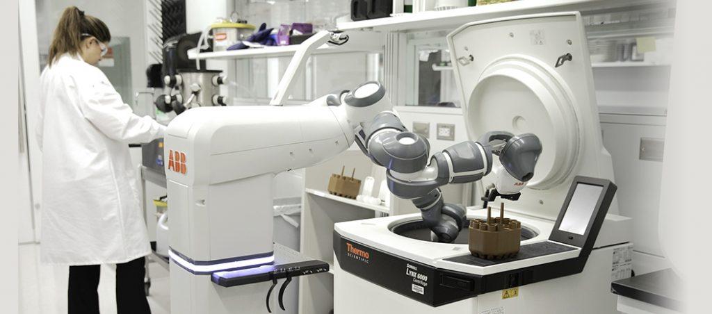 ABB: humanos e robots trabalham juntos no hospital do futuro