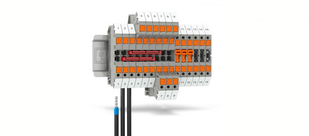 PTV: combinação de ligação Push-in e o ângulo de entrada de condutor do borne de parafuso